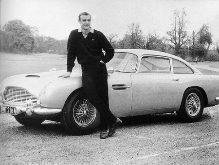 james-bond-007-sean-connery-aston-martin