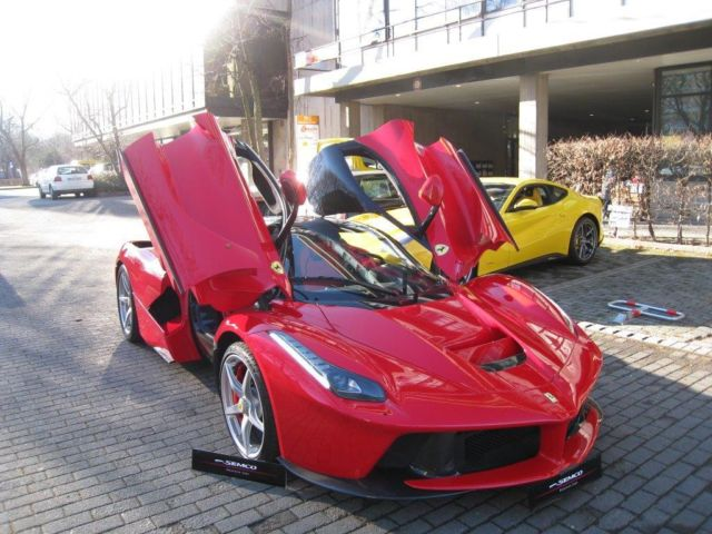 The 2 38 Million Used Ferrari Laferrari Clickmechanic Blogclickmechanic Blog