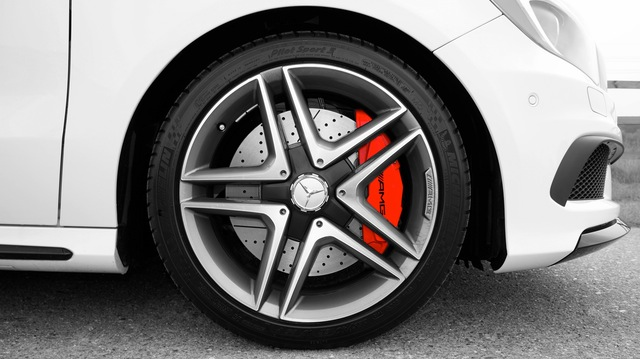How to tell if you have a seized brake caliper